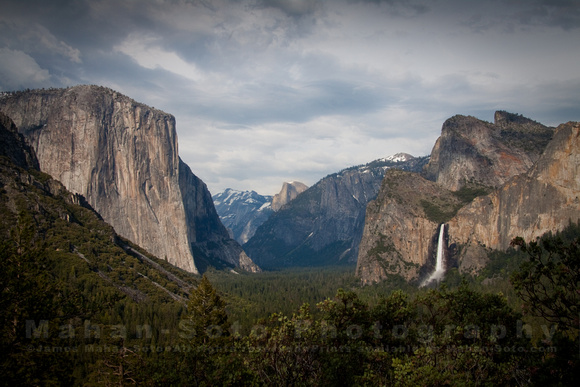 Tunnel View 9815